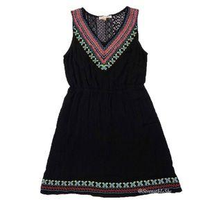 Skies Are Blue Sleeveless Embroidered Boho Dress